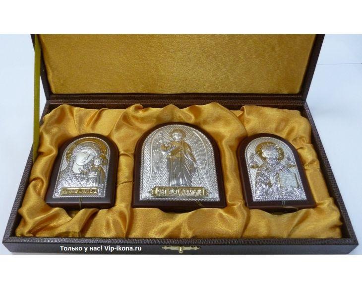 Небольшой подарочный набор из трех икон (триптих, Россия) в VIP-упаковке в коричневом дереве