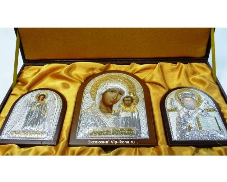 Подарочный набор из трех серебряных икон (триптих, Россия) в VIP-упаковке на коричневом дереве